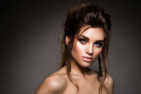 Make-up Artist & Hairstylist Ausbildung