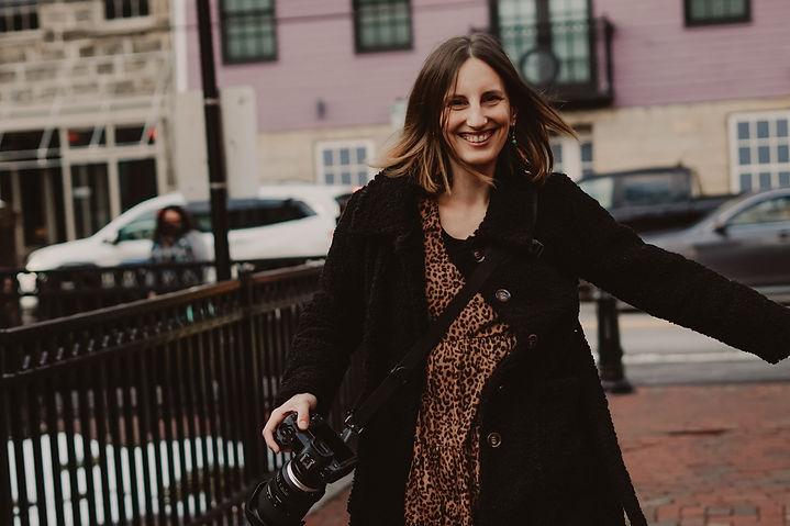 Isabel Talanehzar, elopement planner and photographer