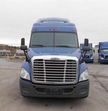 2015 Freightliner (27,500).jpg
