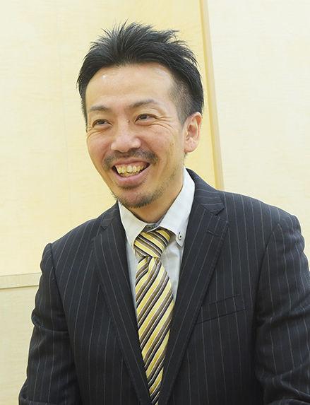 スタッフ沖田