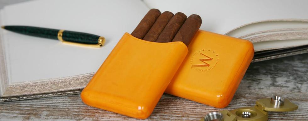 montes-ubrique-zigarrenetui-gelb.jpeg
