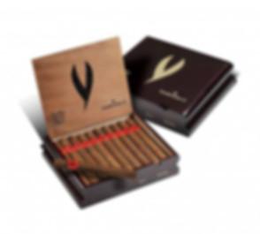 smoking-jacket-cigars-zigarrenkiste