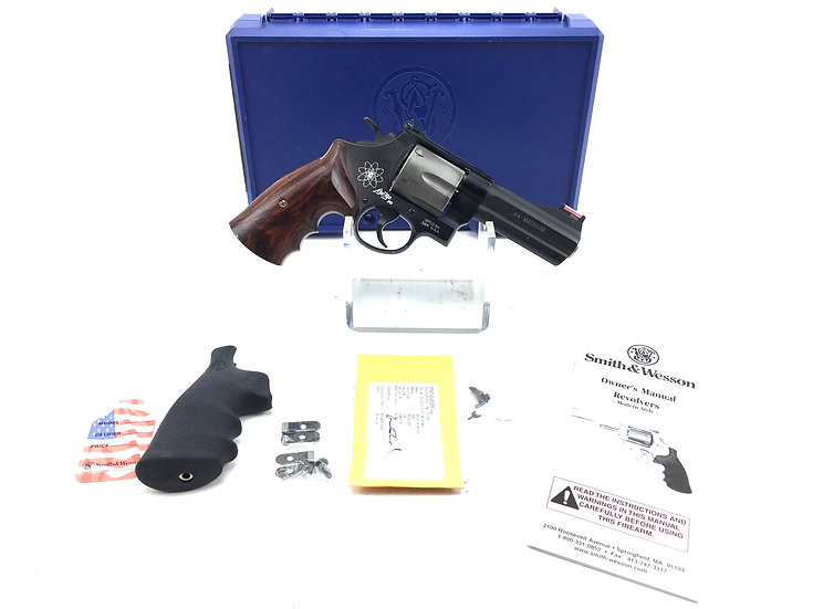 Smith & Wesson 329 PD .44 Magnum Air Weight Revolver
