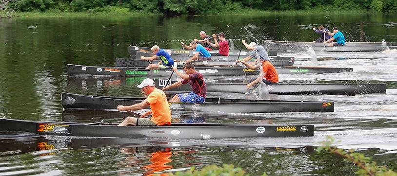 C-1 canoe start at the 2013 Madrid Canoe Regatta