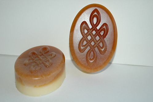 Celtic Knot Round