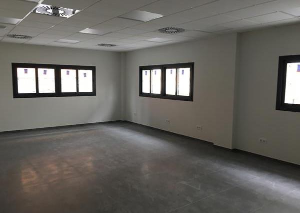 Edificio para oficinas y locales (4).jpg