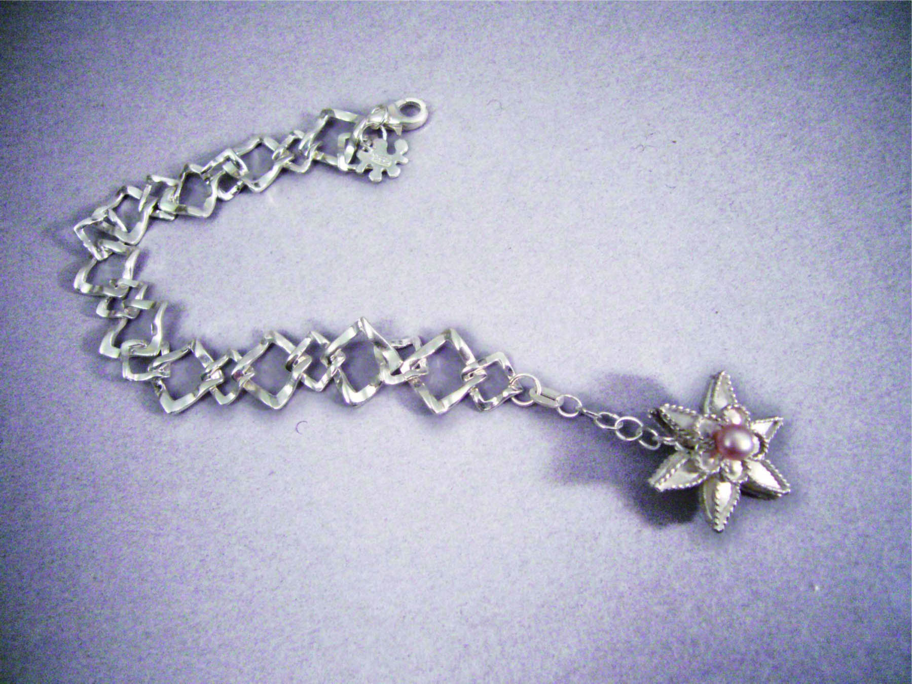 No.070 花卉紋手鍊