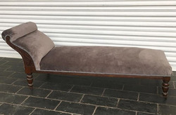 Chaise longue in grey velvet & braiding away home today