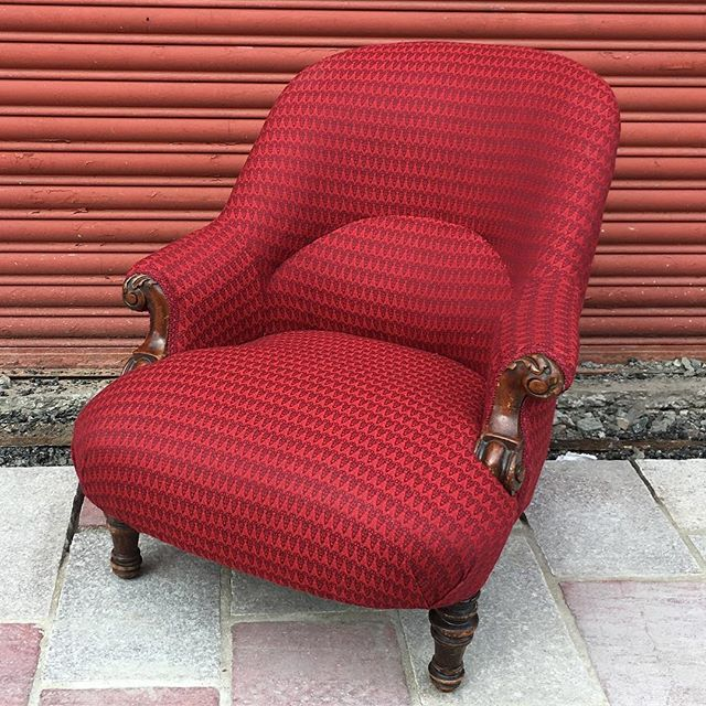 Just delivered this Victorian beauty, upholstered in _butefabrics Ramshead fabric designed by _timor