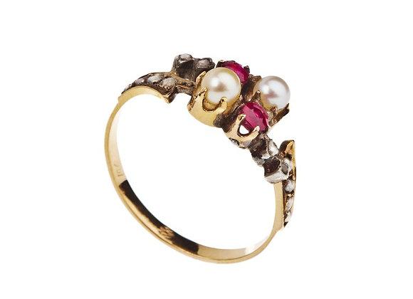 Pierścionek z perłami, diamentami i rubinami
