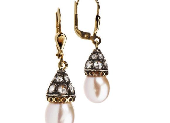 Kolczyki z diamentami i naturalnymi perłami