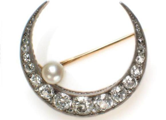 Broszka z diamentami i perłą