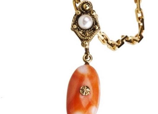 Naszyjnik z naturalnym koralem i perłą