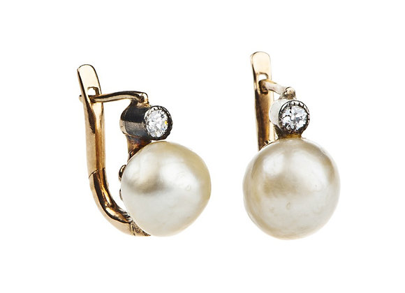Kolczyki z brylantami i perłami
