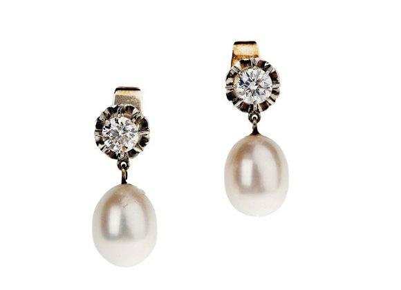 Kolczyki z diamentami i perłami