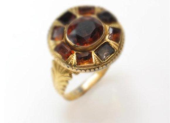 Antyczny pierścionek