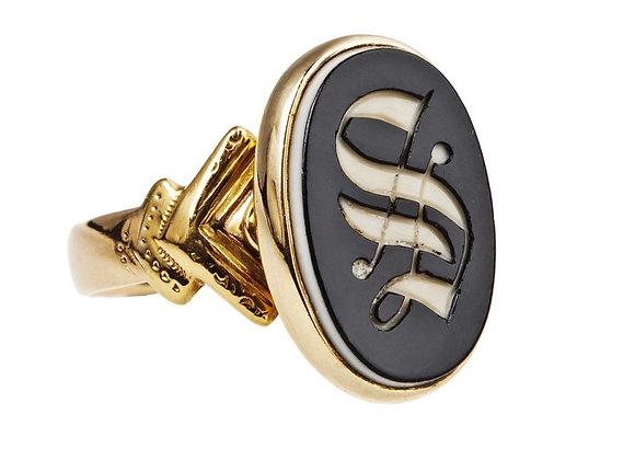 Pierścionek-sygnet z monogramem w onyksie
