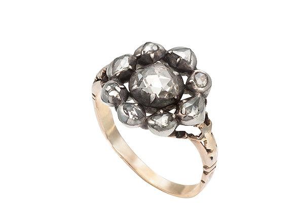 XIX-wietrzny pierścionek z diamentami