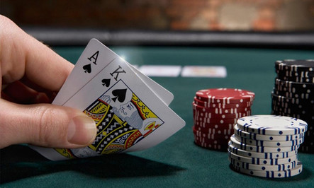 Aprenda como jogar poker