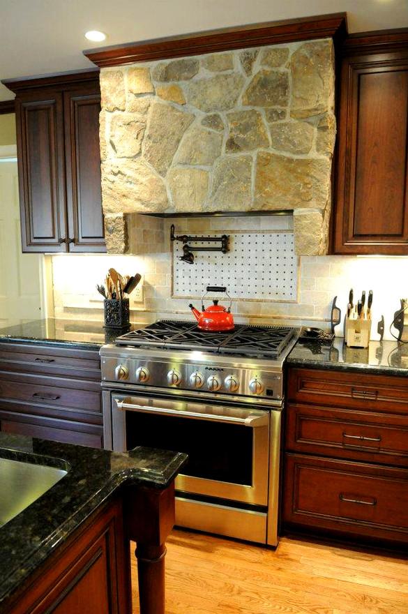 Navarette-McCarthy kitchen (1).jpg