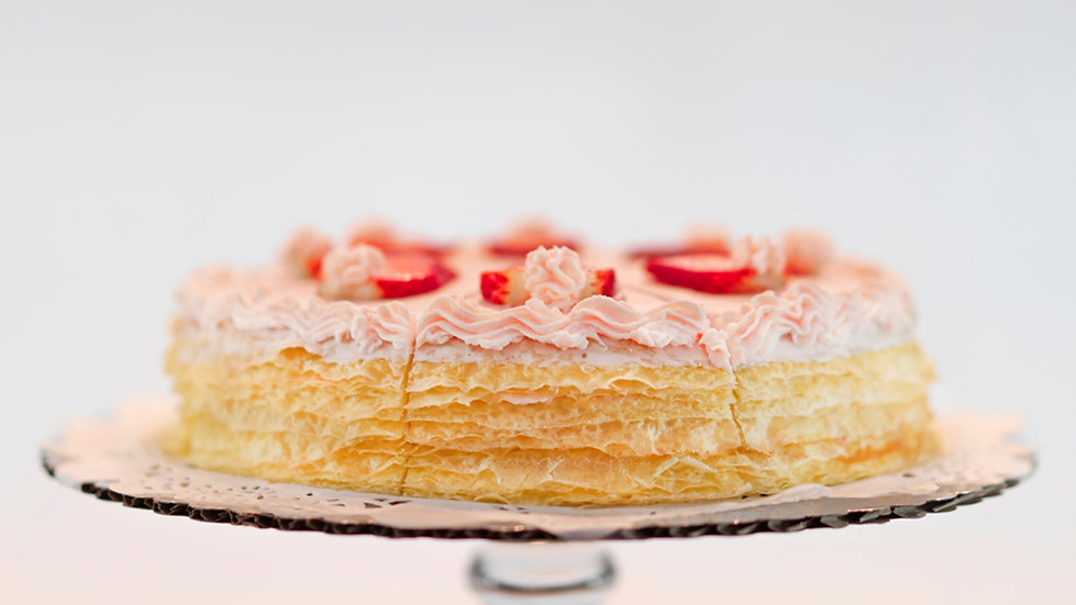 9 or 12 inches - Strawberry Mille Crêpes