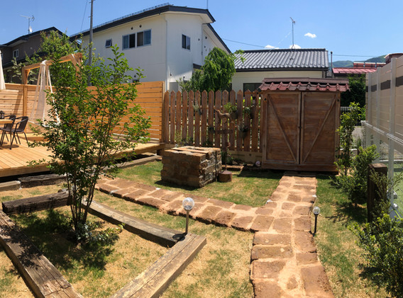 完成後の庭
