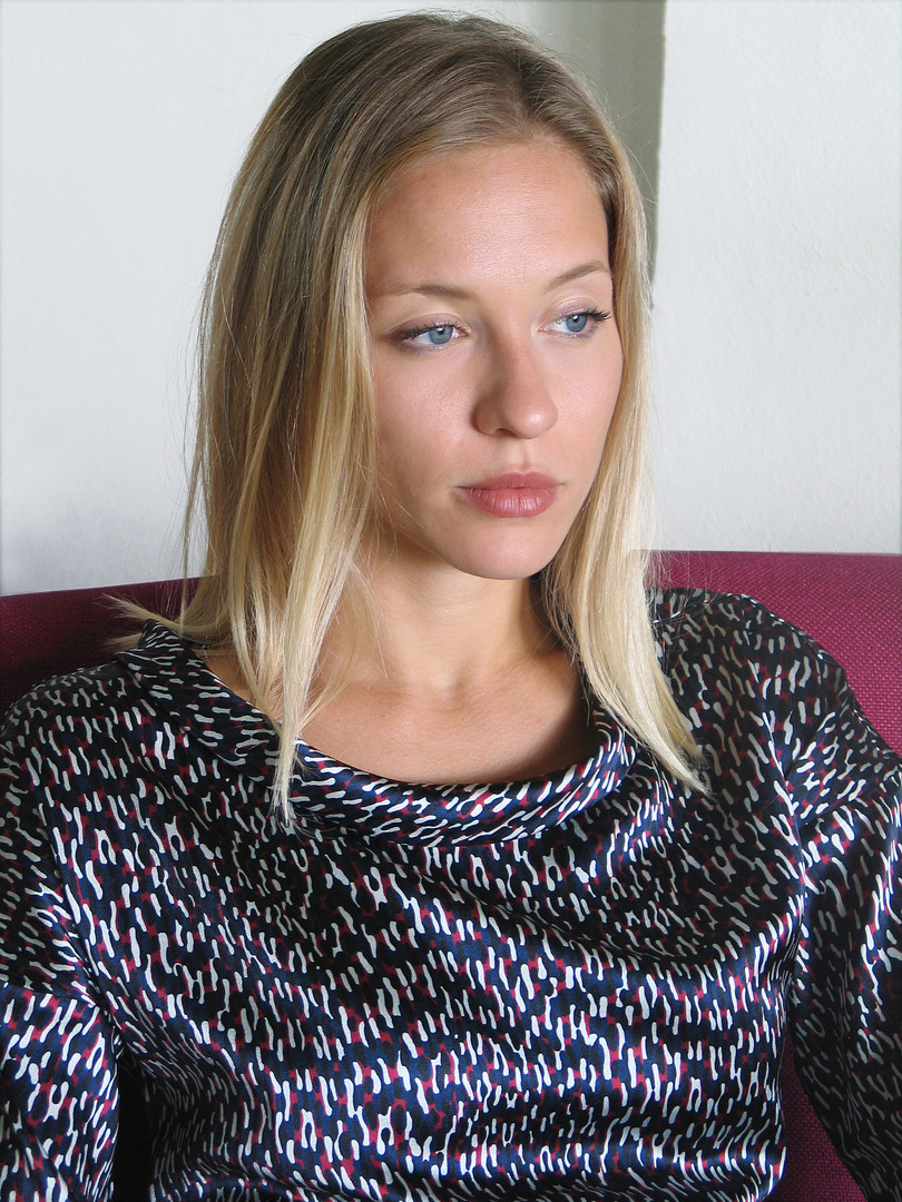 11-Monika-Varga-Silk-Top-Printed-shirt-f