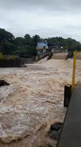 """200 años de """"La basura es lo que provoca las inundaciones"""""""