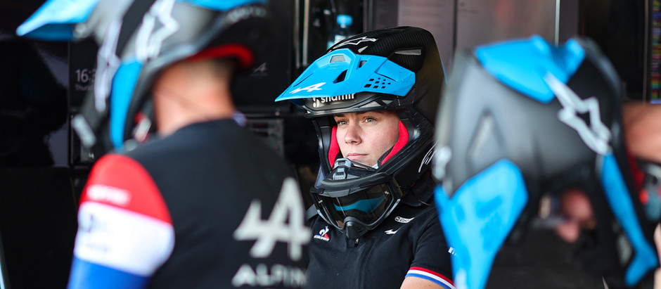 "Alpine F1 Team's Ellie Williams: ""My goal was to work in the pitlane"""