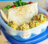 Muscle eggs and pita bread