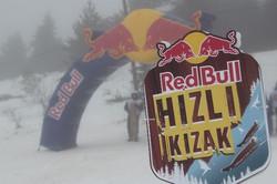 geleneksel-kizak-yarisi-ilgaz-doruk-kayak-pistinde-bugun-yapildi-etkinlikte-001