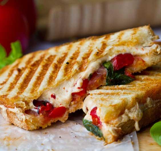 daiya-large-cheese-sandwich564_edited-3