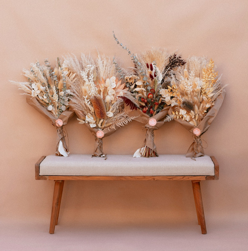 the dried floral arrangments you need
