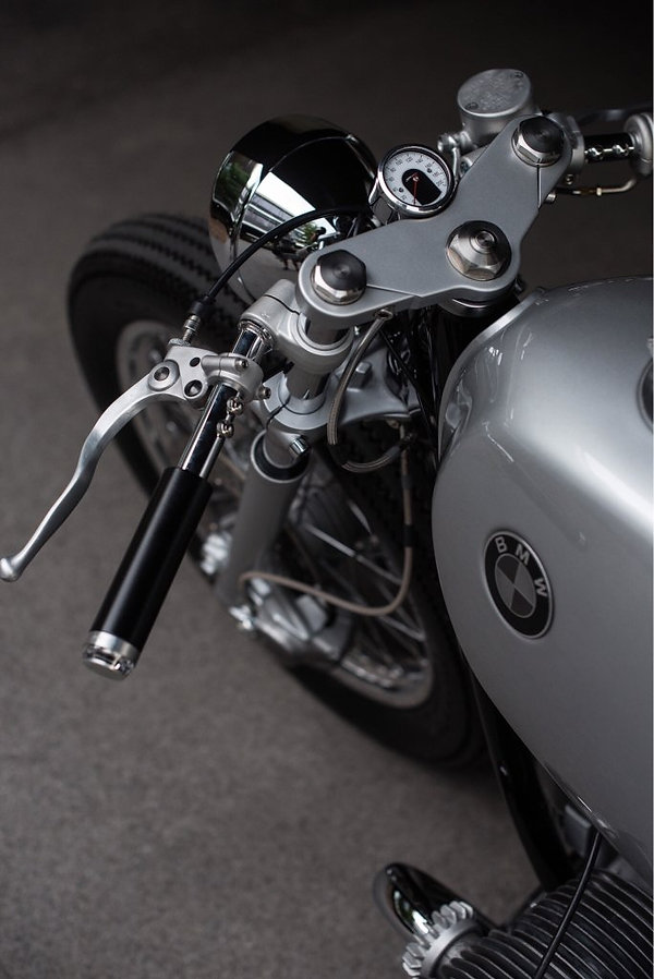 BMW caferacer, BMW custom build, BMW Motorrad, BMW Gabelbrücke, Motogadget, Made in Germany