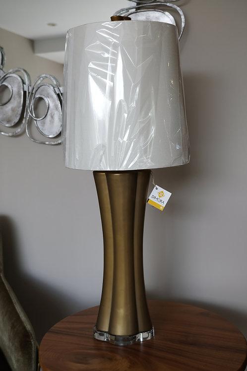 Quatrefoil elongated lamp