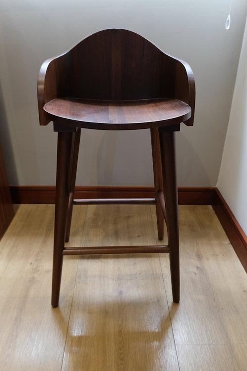 Wood stool Nogal