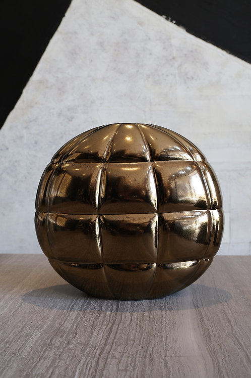Pillow vase bronze