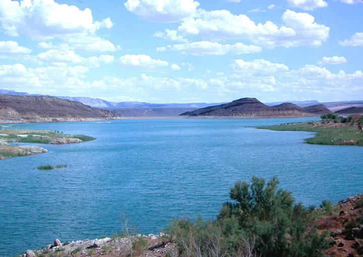 Quail Creek Reservoir Utah Boat Rental.jpg