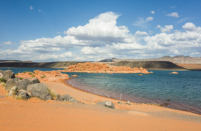 Sand Hollow St George Utah Boat Rental.jpg