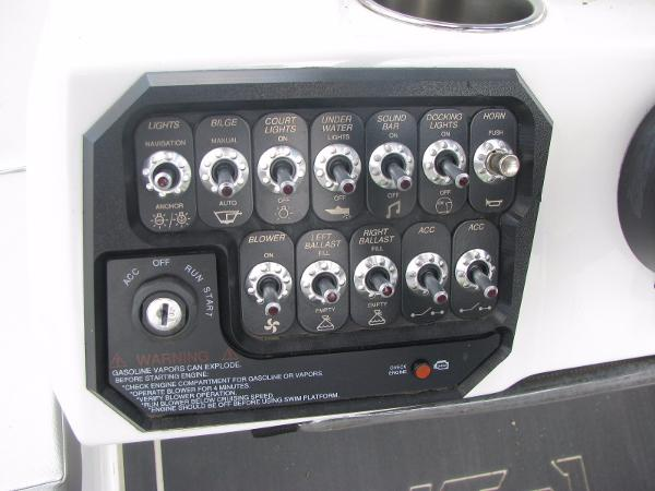 Heyday toggle switches Gephardt Boat Rentals.jpg