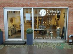 Ottonia