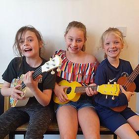 We had fun at ukulele club today 😊__#uk
