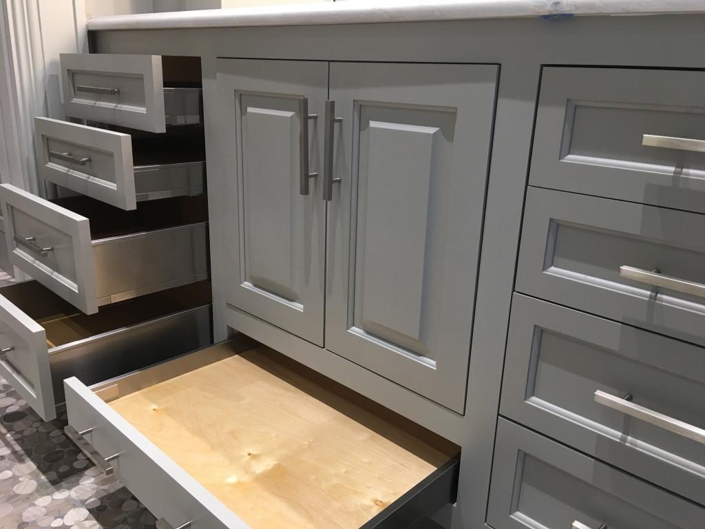 Shower cabinet4- drawers.jpg