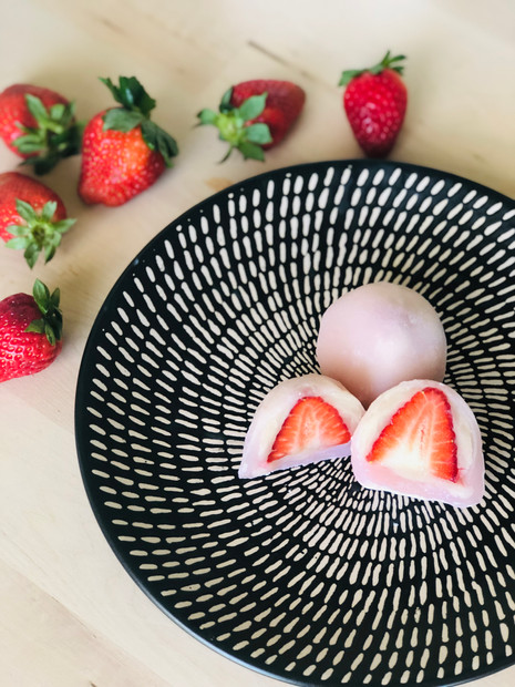 Ichigo (Strawberry) daifuku