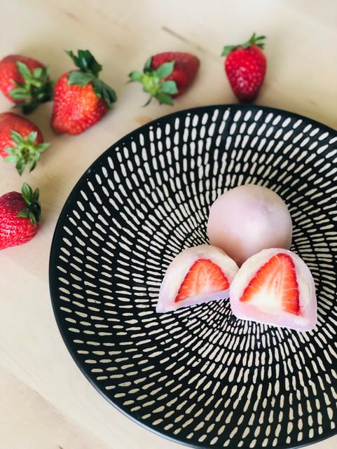 Ichigo (Strawberry) daifuku