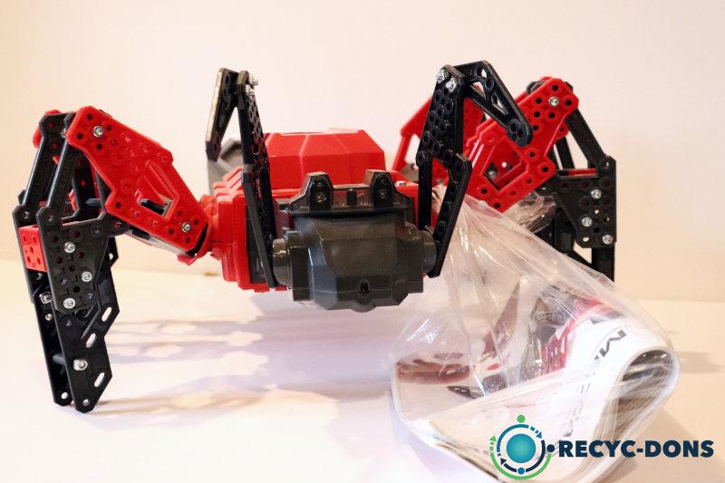 Araignée rouge/noir mecano