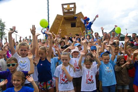 2000 people welcomed the Cosmogolem4diepenbeek