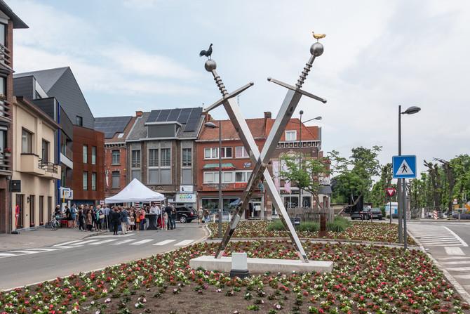 De Kus, public sculpture, Sint-Truiden (BE)