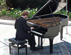 Konrad playing2