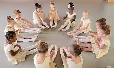 Ballet lessons for children in Kalamazoo